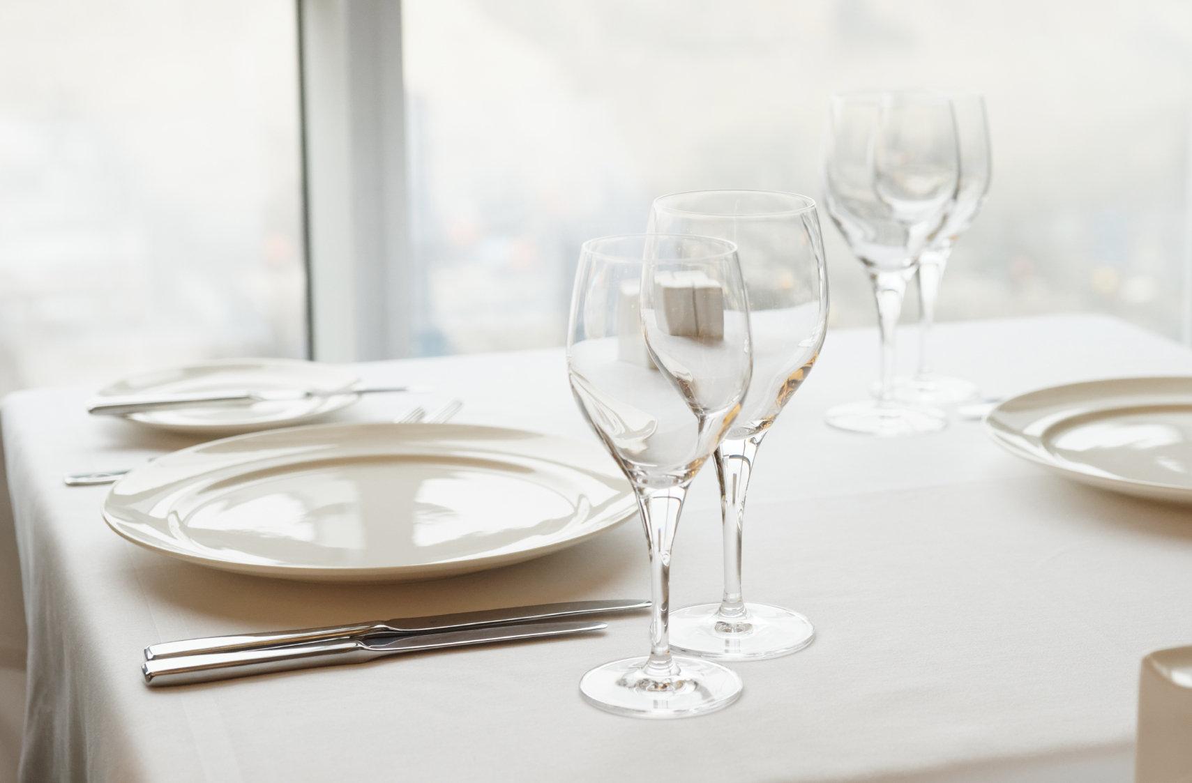 Table Cloth 230cm (Round)